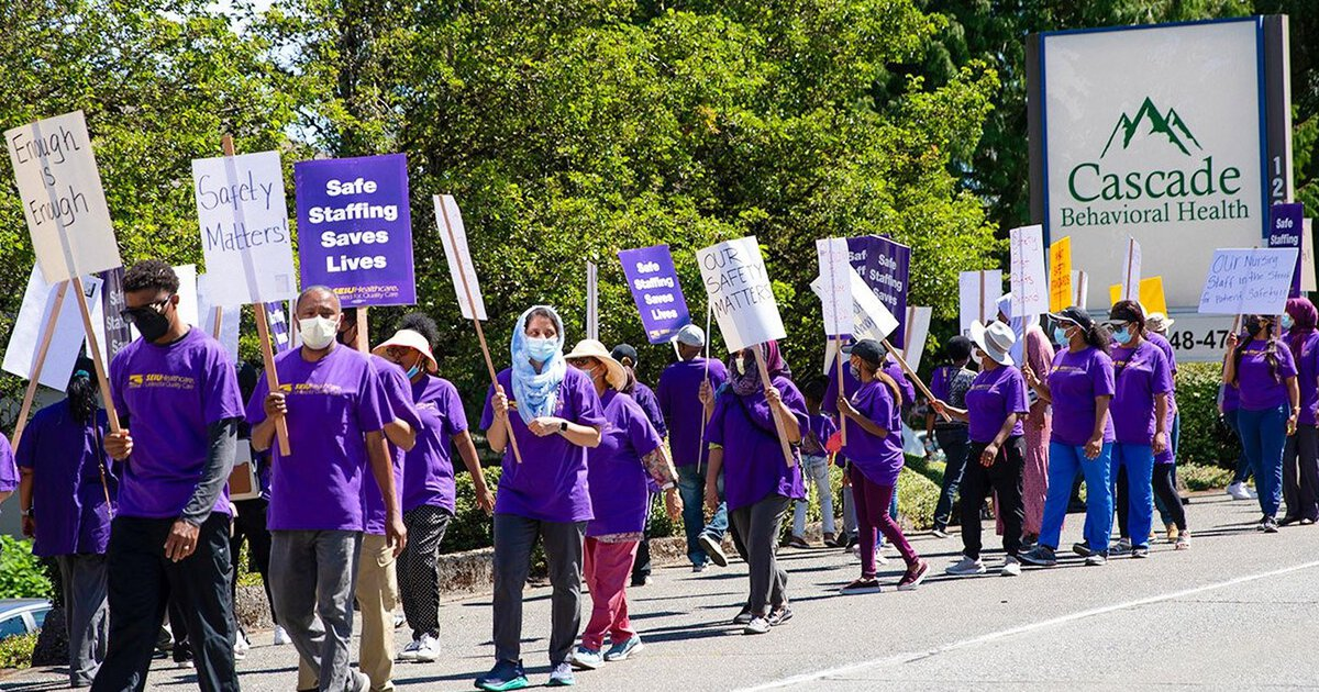 Cascade Behavioral Health Employees Call For Increased Safety Staffing As They Finish Third Week Of Worker Strike The Seattle Times