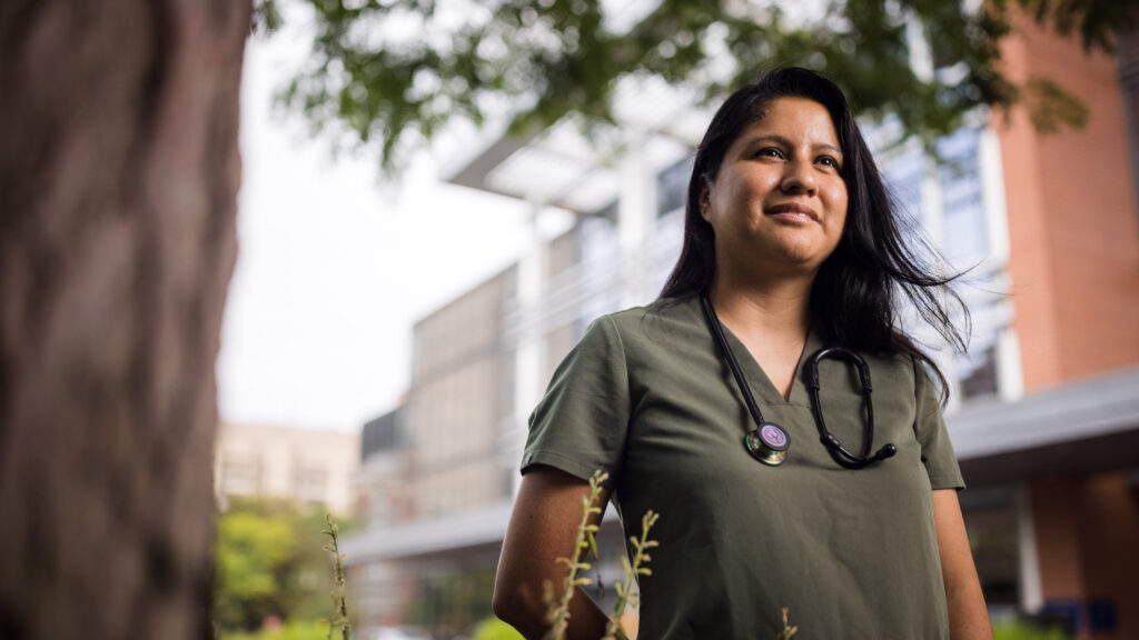 Group Guides Undocumented Students In Pursuing Health Careers Stat Stat